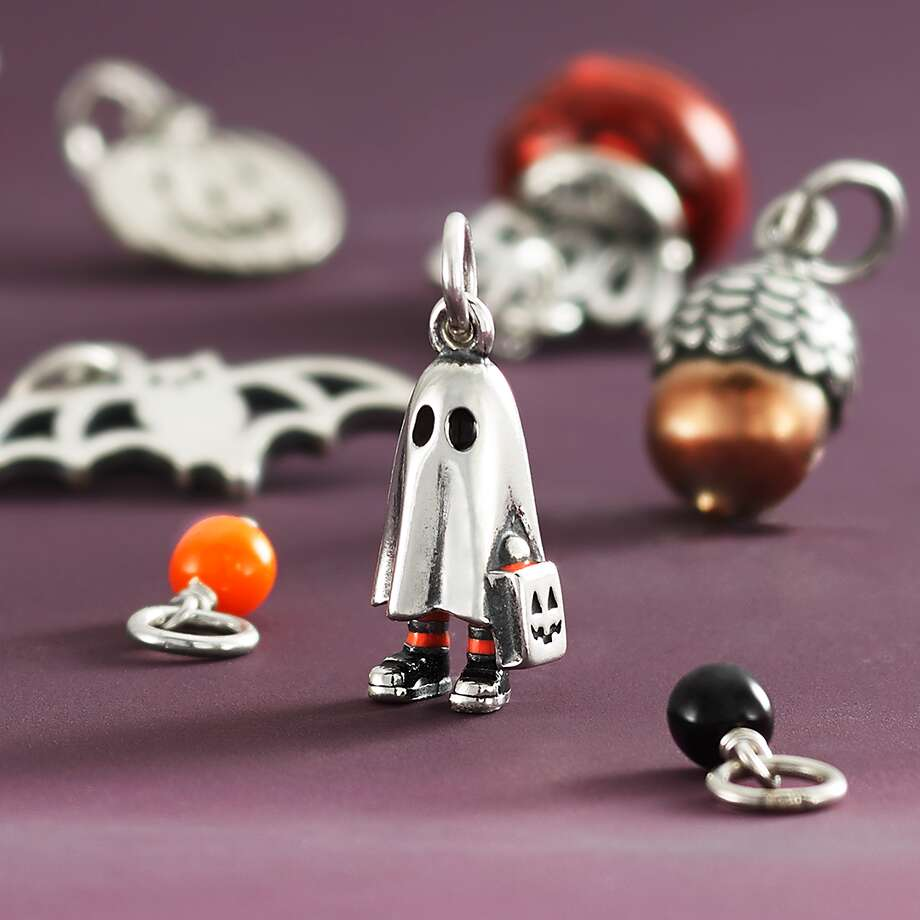 James Avery Unveils New Bedsheet Ghost Trick Or Treater Charm San Antonio Express News