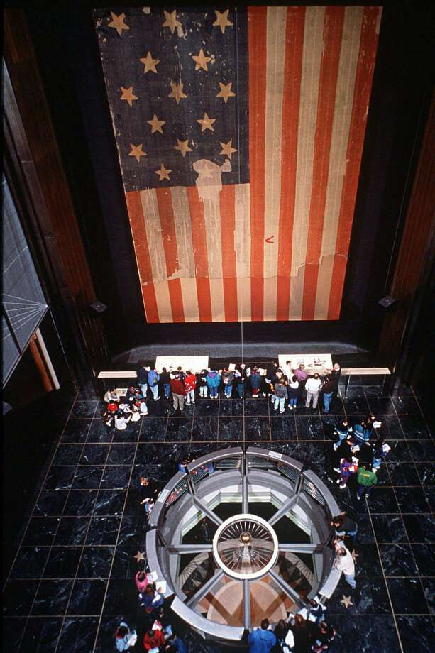 "The flag that inspired Francis Scott Key's ""Star Spangled Banner"" in the National Museum of American History in Washington, D.C., in 1998. Photo: Smithsonian Institute / KRT"