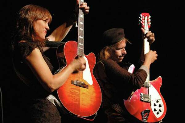 Pete and Maura Kennedy will perform Sept. 29 in Rowayton.
