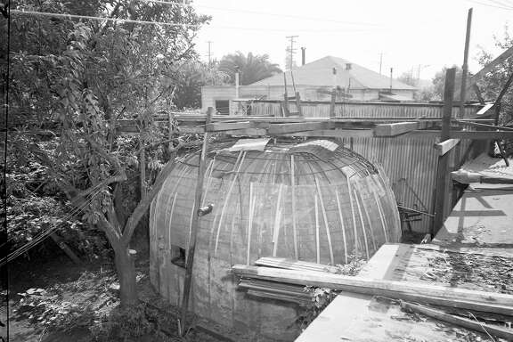 Oct. 9, 1950: A bomb shelter is built at an Oakland apartment complex. The shelter still stands in 2017.