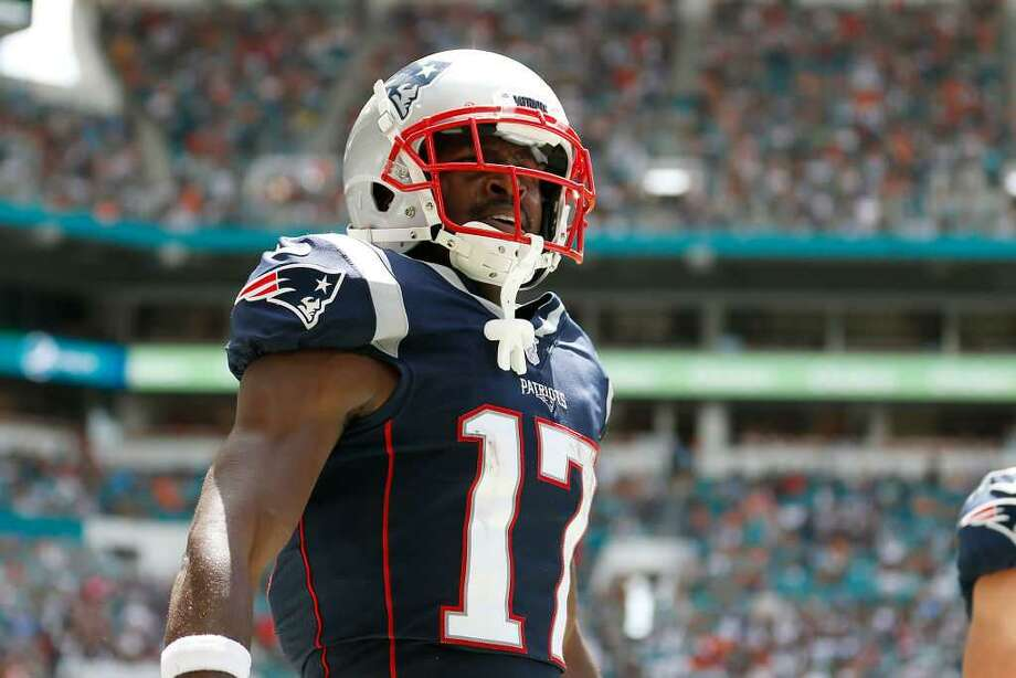 online store 5d06e 764ea Patriots release Antonio Brown, saying it's 'best to move in ...