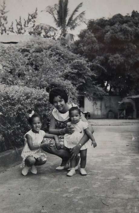 Donna Moodie poses with her sister and her mother, Marjorie. Photo: Courtesy Marjorie