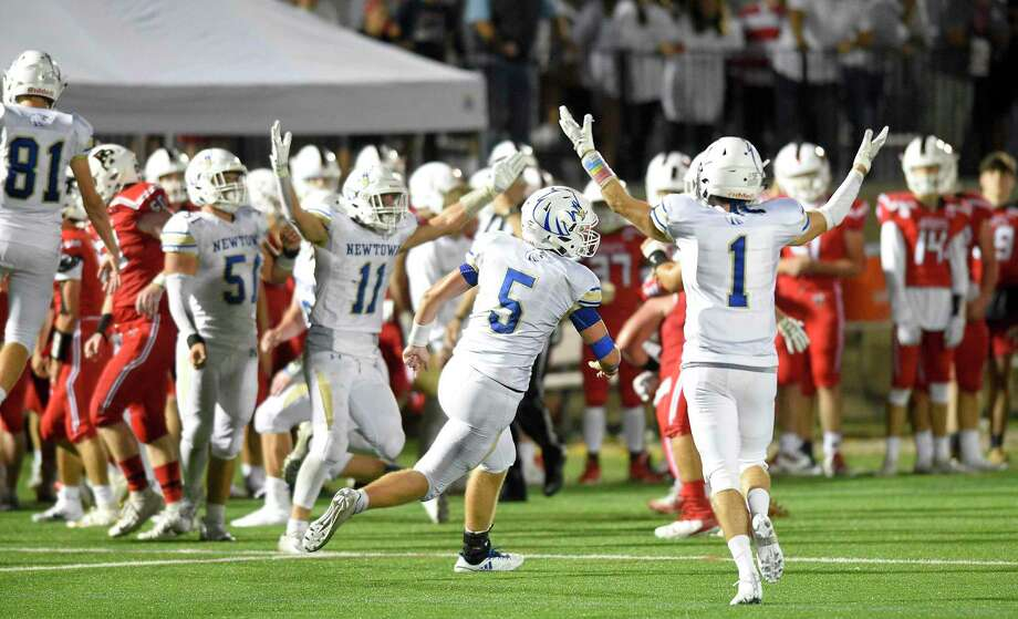 Newtown defeated Fairfield Prep 21-14 in an FCIAC football game at Rafferty Stadium in Fairfield, Conn. on Sept. 20, 2019. Photo: Matthew Brown / Hearst Connecticut Media / Stamford Advocate