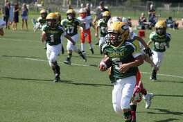 Bantam Crusher Matisse Sostre sprints to the end zone.