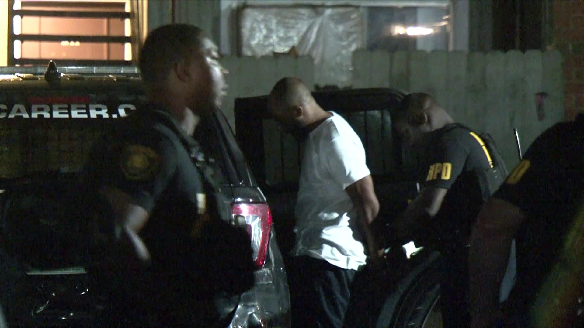 Man shot dead outside Bissonnet St. apartment complex in southwest Houston