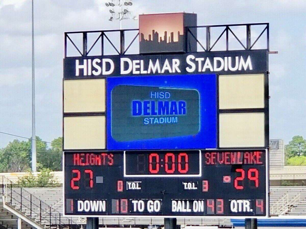 Seven Lakes overcame a 14-point halftime deficit to beat Heights 27-29 on the morning of Sept. 21 at Delmar Stadium