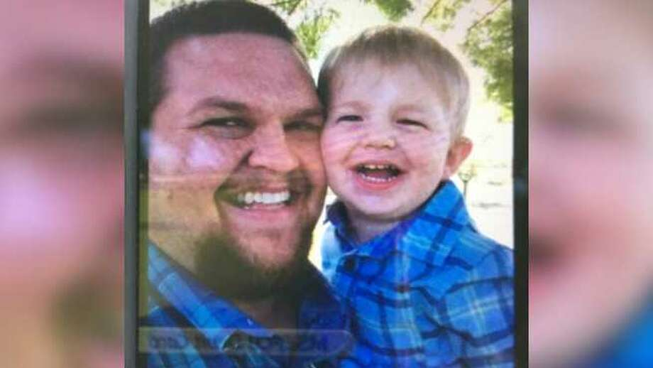 Steven Weir, 32, and his 2-year-old son John Weir. Photo: CHP