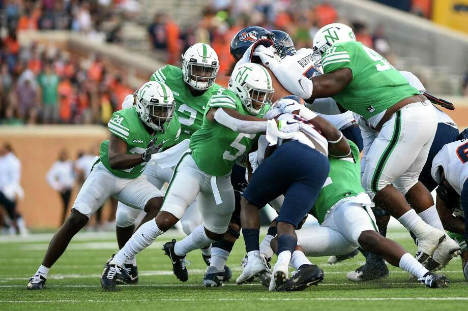 The North Texas defense held the UTSA offense to a field goal and 295 total offensive yards in Saturday's rout in Denton. The Mean Green jumped out to a 21-0 lead before UTSA scored. Photo: Kara Dry / DRC / Kara Dry/Denton Record-Chronicle