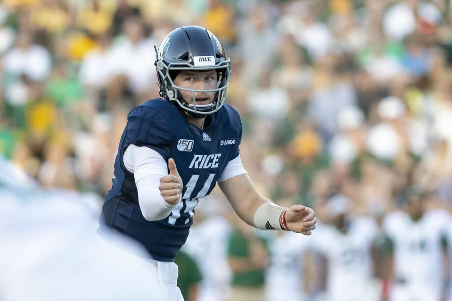 Rice quarterback Tom Stewart directed the Owls to their first win of the season. Photo: Joe Buvid/Contributor
