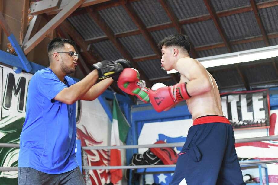 José Horacio Rábago aparece durante un entrenamiento en Davalos Boxing Club, el jueves 19 de septiembre de 2019 Photo: Christian Alejandro Ocampo / / Laredo Morning Times