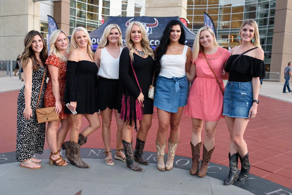 Carrie Underwood is still an idol for Houston fans