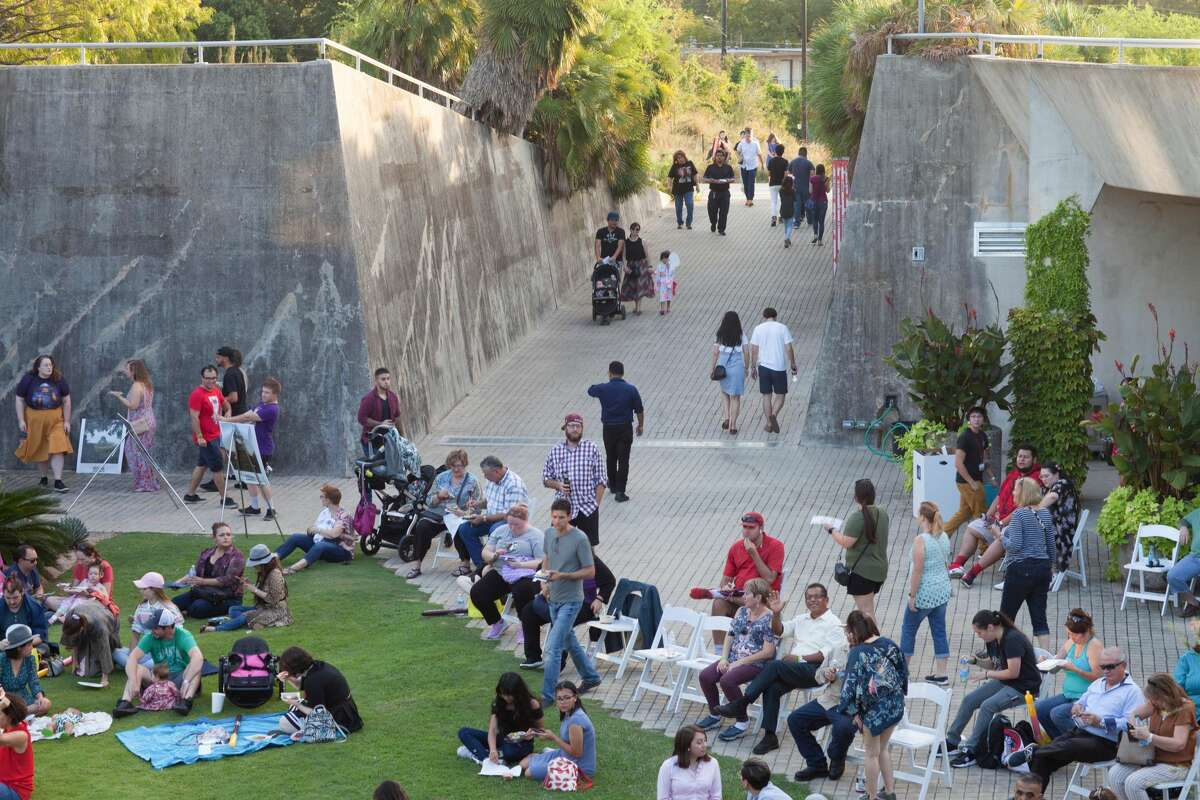 """San Antonio Botanical Gardens The gardens will stay open later, until 7 p.m. Monday through Friday, starting March 9. Families are invited to bring the kids out for """"imaginative outdoor play."""" 555 Funston Place"""