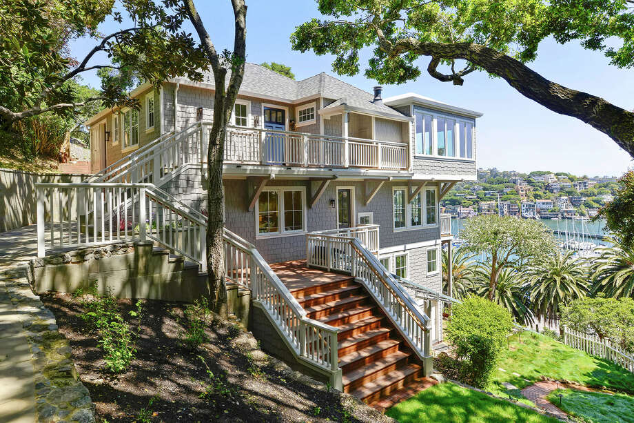 Built in 1914, this Belvedere abode has stunning views and a stunning remodel. See it before and after its makeover. This is the home now. Photo: New Home Photos: Open Homes Photography; Original Home Photos Courtesy Compass Real Estate