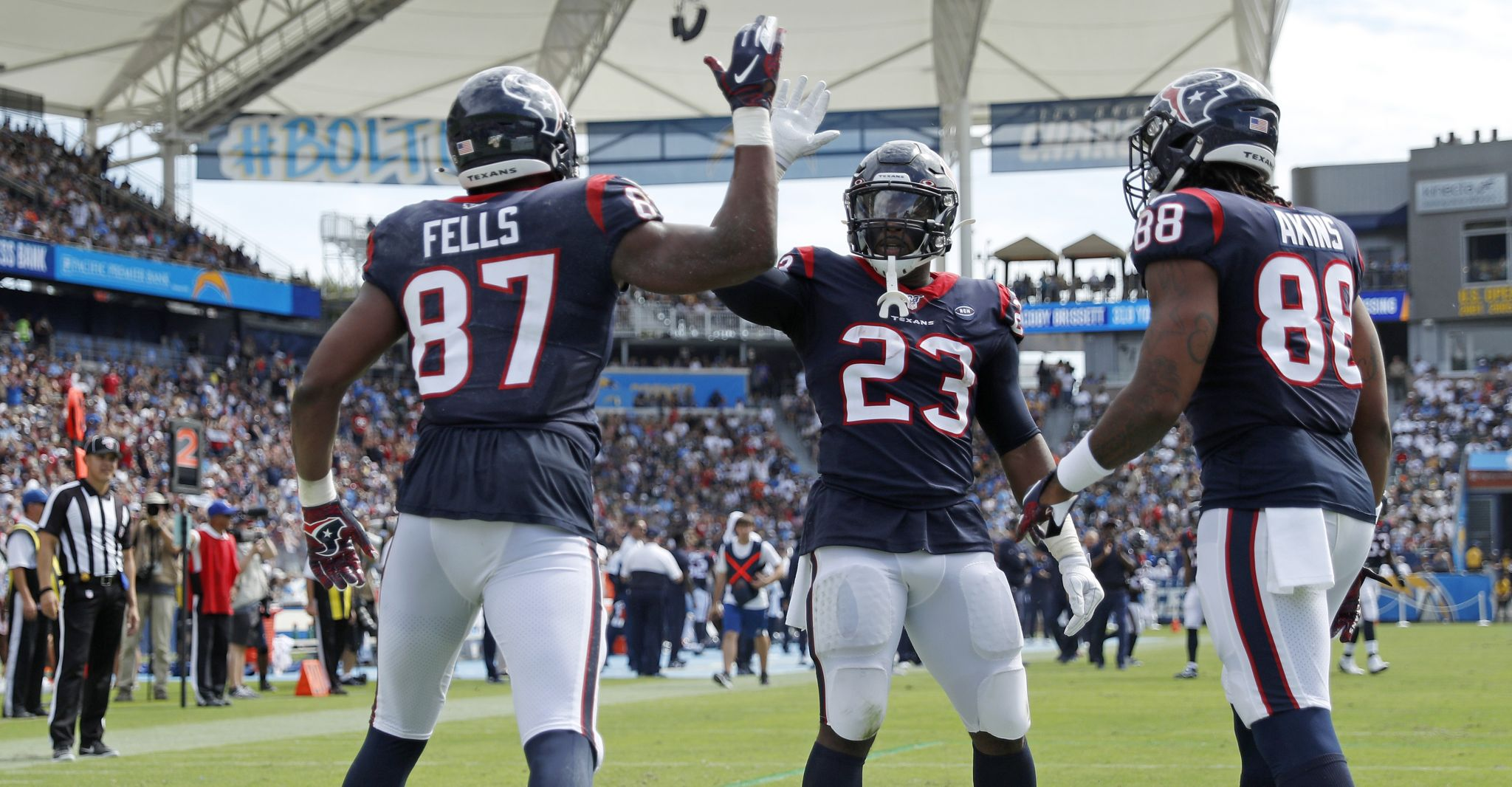 Creech: Texans' nail-biting win caps off great day for Houston sports