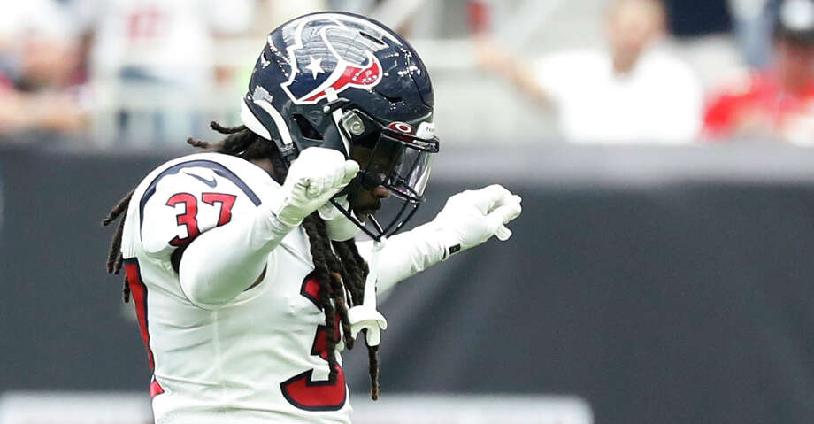 Houston Texans strong safety Jahleel Addae (37) reacts after the challenge after the Jacksonville Jaguars were denied their two-point conversion attempt during the second half of an NFL game at NRG Stadium, Sunday, Sept. 15, 2019, in Houston. Photo: Karen Warren/Staff Photographer / © 2019 Houston Chronicle