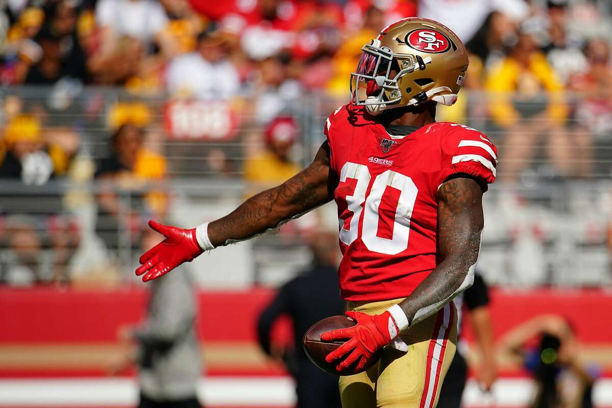 SANTA CLARA, CALIFORNIA - SEPTEMBER 22: Jeff Wilson Jr. #30 of the San Francisco 49ers celebrates a touchdown during the second half against the Pittsburgh Steelers at Levi's Stadium on September 22, 2019 in Santa Clara, California. (Photo by Daniel Shirey/Getty Images)