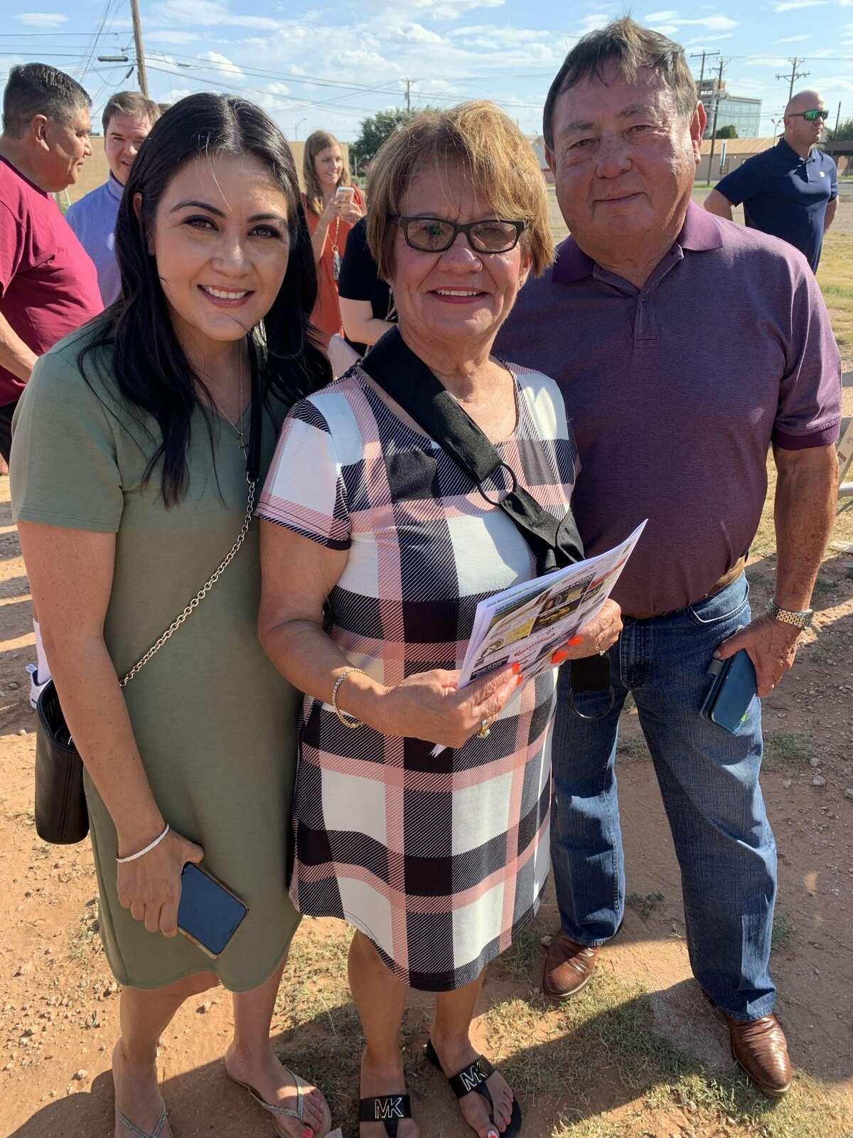 Pam Cannon, Angie Mendoza, Jerry Morales and Mary Villanueva