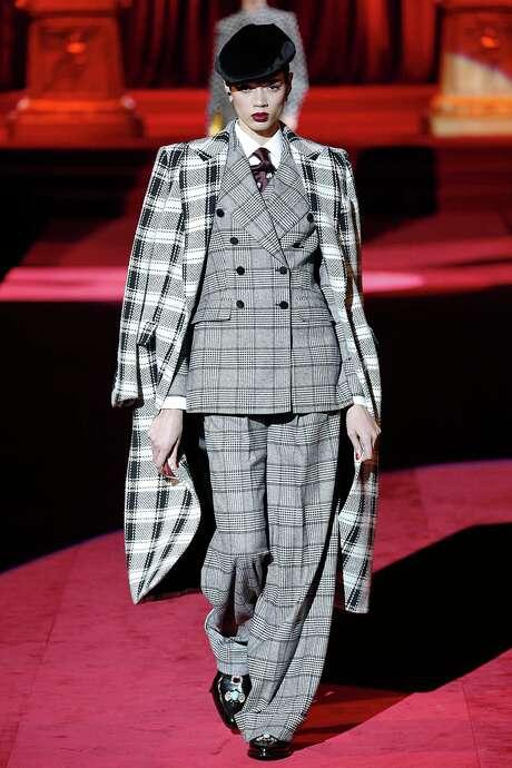 CHECK MATE   Dolce & Gabbana