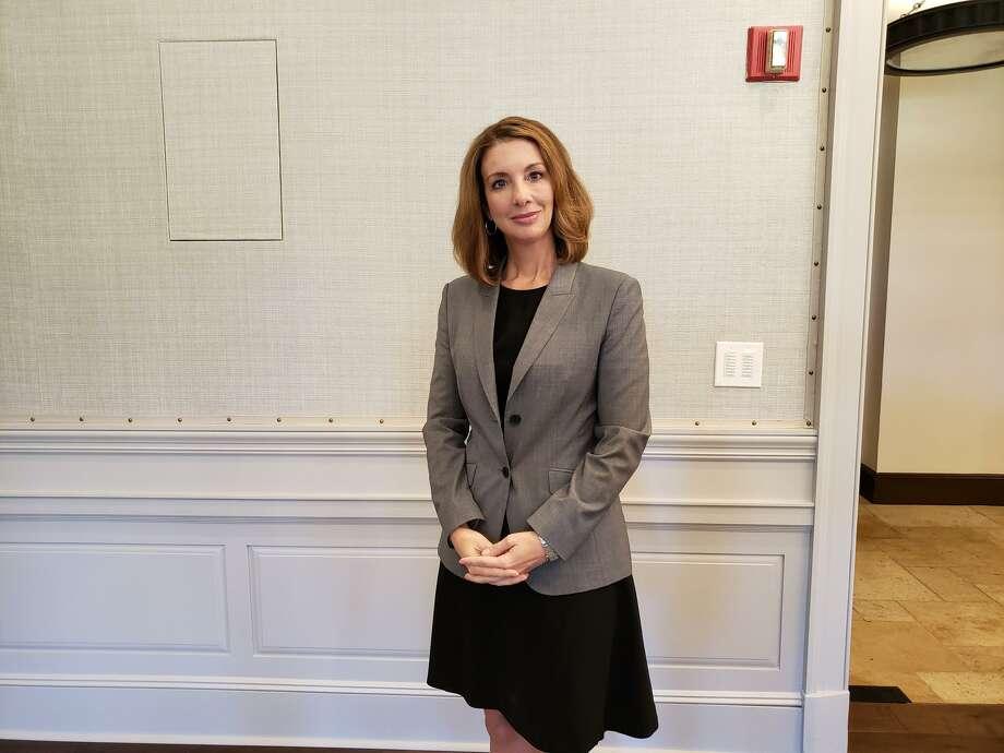 Shannon Watts, founder of Moms Demand Action, speaks at Darien's League of Women Voters event Photo: Sandra Diamond Fox / / Connecticut Post