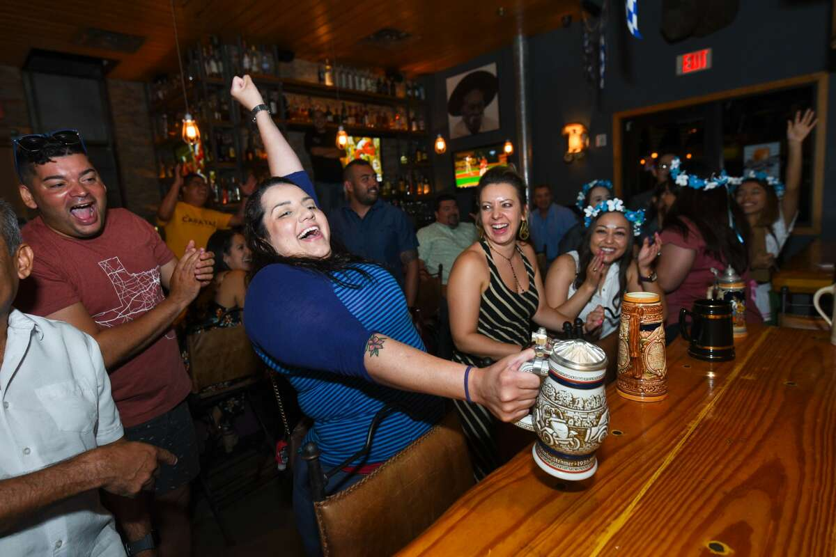 El Capataz celebrates the beginning of Oktoberfest with a stein-holding contest, Saturday, Sep. 21, 2019.