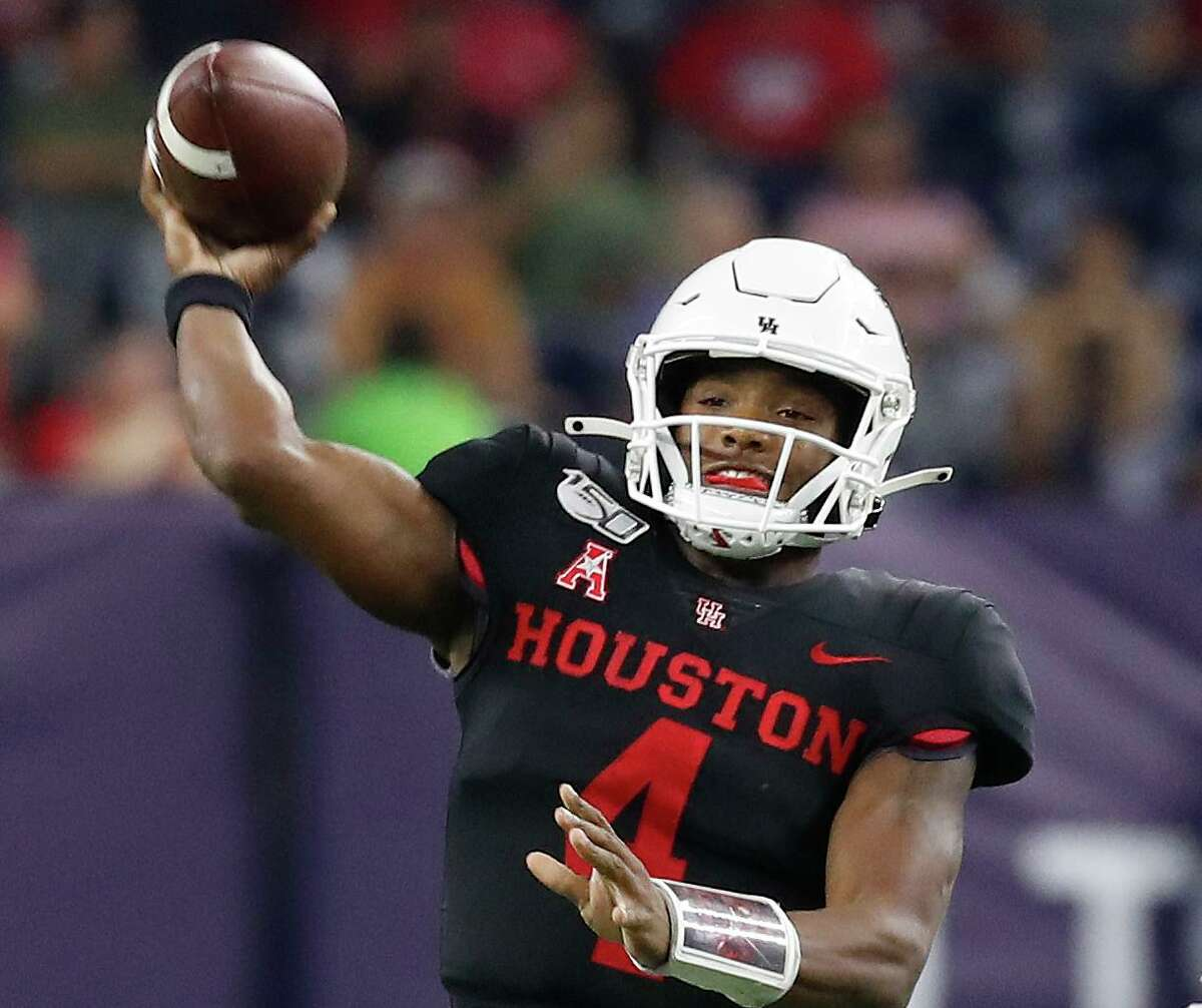 In four games this season, D'Eriq King threw for 663 yards and six touchdowns and rushed for a UH-best 312 yards and six TDs.