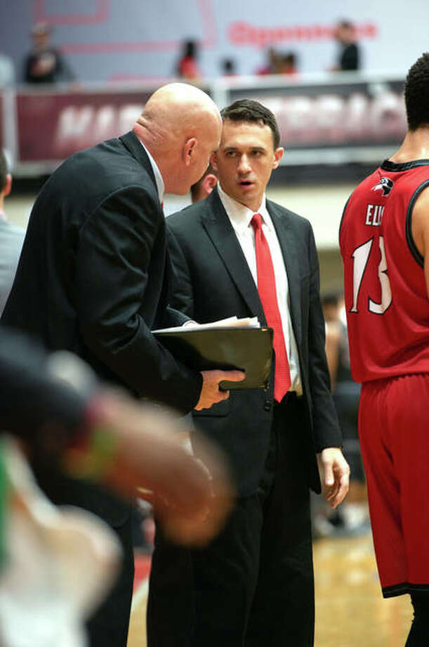 First-year SIUE basketball coach Brian Barone, right, has announced the Cougars' 2019-2020 schedule, which includes 15 home games. He is shown last season on the sideline with then-fellow assistant coach Mike Waldo. Photo: SIUE Athletics