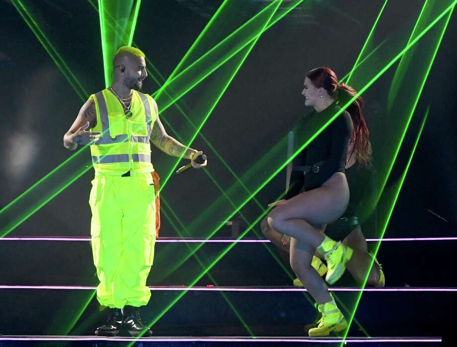 LAS VEGAS, NEVADA - SEPTEMBER 14: Singer/songwriter Maluma (L) performs with a dancer at the Mandalay Bay Events Center on September 14, 2019 in Las Vegas, Nevada. (Photo by Ethan Miller/Getty Images) Photo: Ethan Miller, Staff / Getty Images / 2019 Getty Images