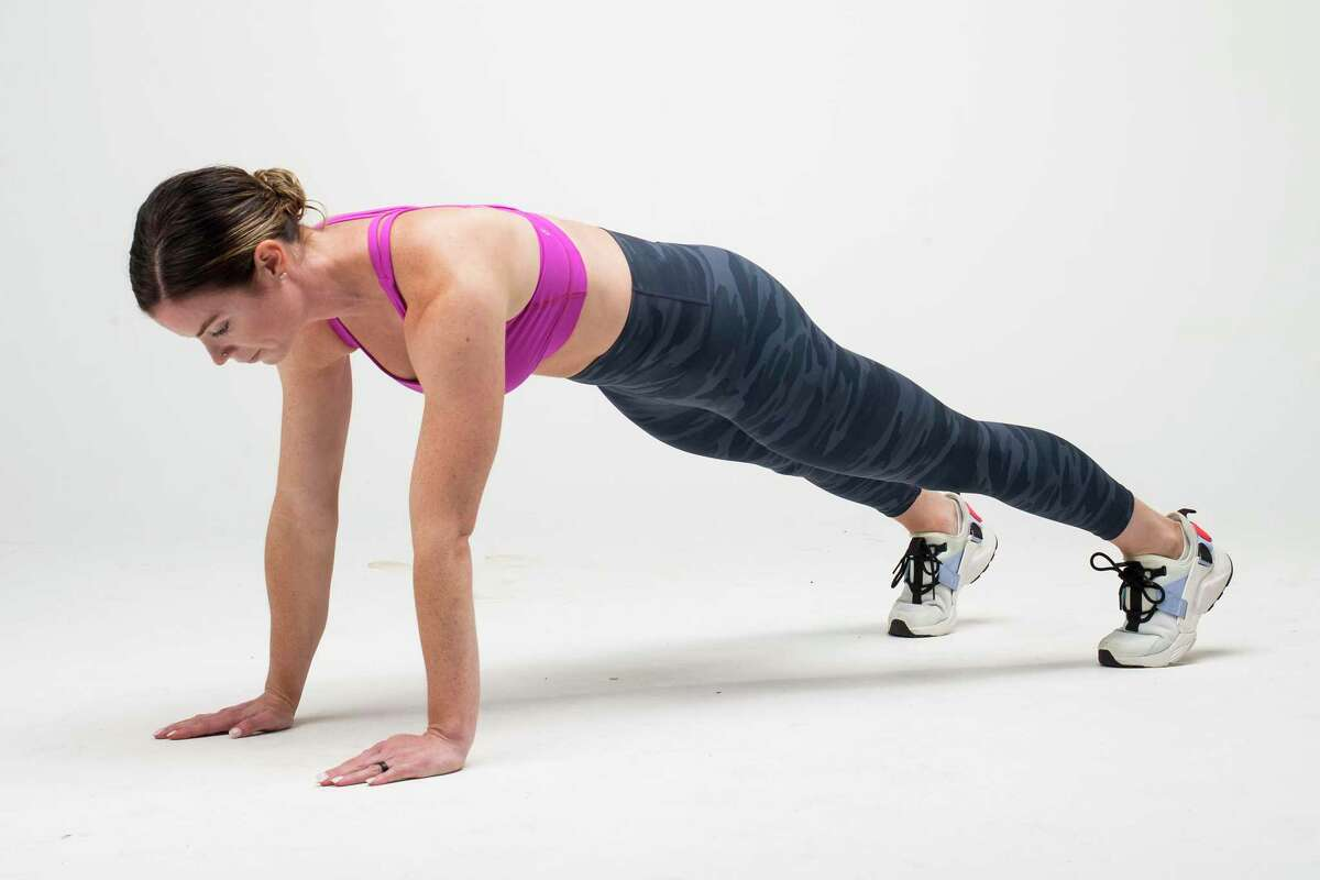 Plank-Toe Taps. Step 1.