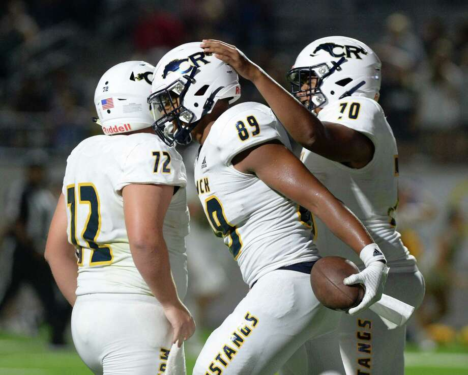 Bryce Simpson (70) of Cy Ranch reacts after a touchdown by Drake Dabney (89) in the third quarter of a high school football game between the Cinco Ranch and Cy Ranch. Photo: Craig Moseley, Houston Chronicle / Staff Photographer / ©2019 Houston Chronicle