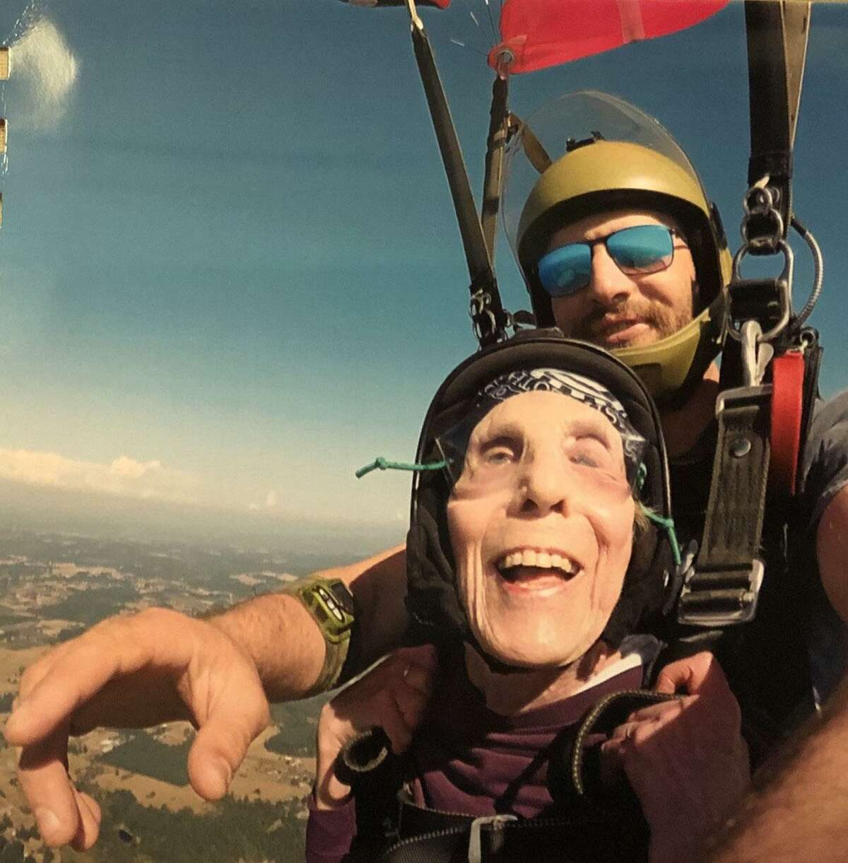 Jan Sansom of New Milford recently went skydiving for the second time. She is shown above with Pacific Northwest Skydiving Center instructor Kevin Rieschel during the dive.