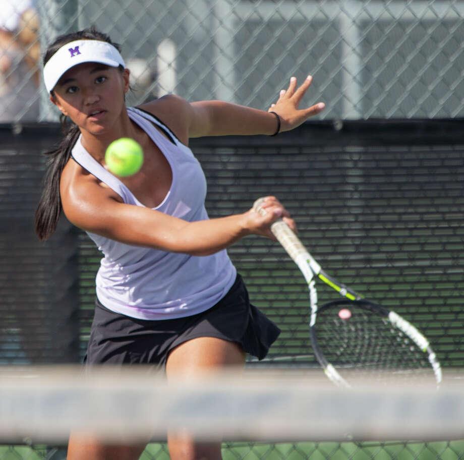 Midland High's Shaquila Sarapao returns a shot 09/24/19 during a match at Bush Tennis Center.  Tim Fischer/Reporter-Telegram Photo: Tim Fischer/Midland Reporter-Telegram / Midland Reporter-Telegram
