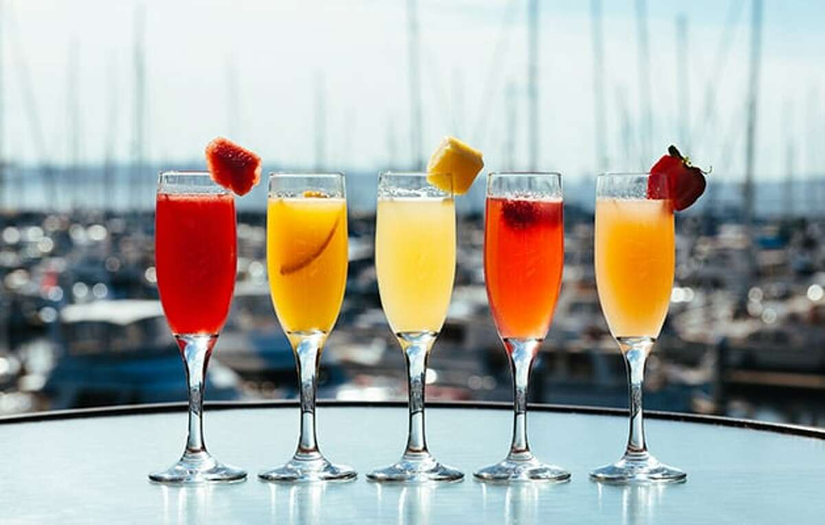 Palisadeboasts a $10 bottomless mimosa... but there's a catch. Keep clicking for all the bottomless mimosas we could find around Seattle.