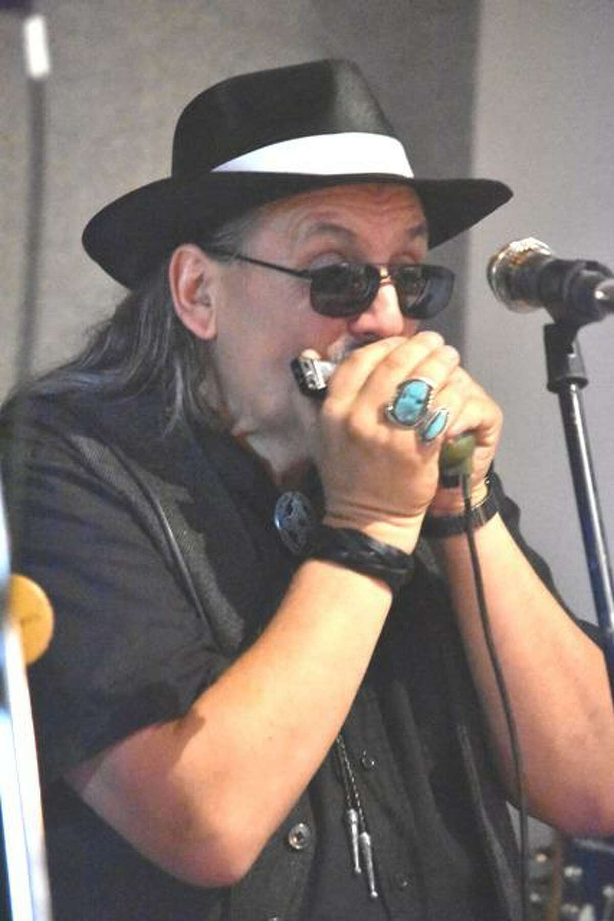 Rich Badowski plays Connecticut Blues Society Solo/Duo Challenge Preliminaries on Sunday.