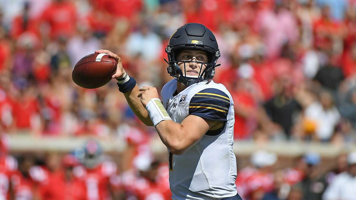 1. Cal Golden Bears Sitting at a perfect 4-0 record, the Golden Bears are easily the conference's best chance of making the Playoff as things currently stand. Chase Garbers had his best game yet against Ole Miss in a hostile road environment, and the defense will continue to flummox opponents. Their path to CFP glory is simple: win out. If the Golden Bears finish as undefeated conference champions, I don't see them being left out of the final four. They have one win over a ranked opponent (Washington), a quality non-conference win (Ole Miss) and three more matchups with ranked teams on the schedule. Winning another nine games in a row will be brutal, but this team has bucked expectations so far - will they do it again?