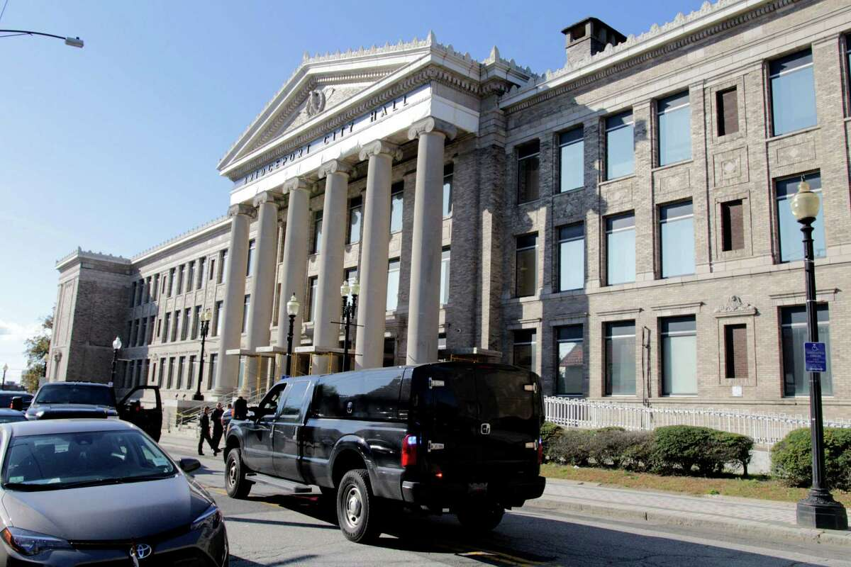 A gas odor has caused a delayed open of City Hall at 45 Lyon Terrace on Wednesday, Sept. 25, 2019
