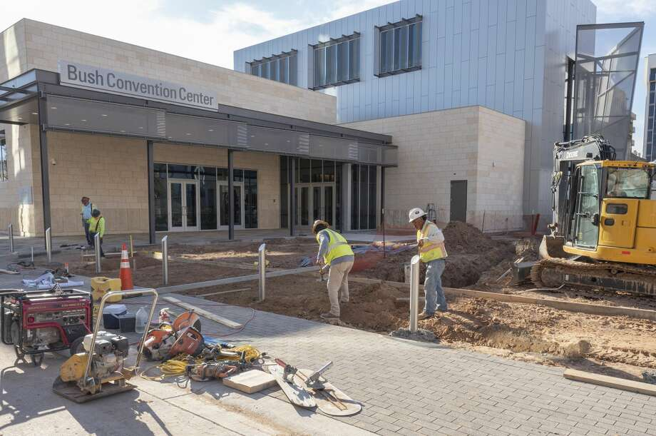 Work continues outside 09/25/19 at the new Bush Convention Center. Tim Fischer/Reporter-Telegram Photo: Tim Fischer/Midland Reporter-Telegram