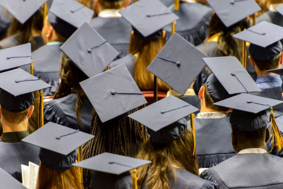 PHOTOS: Best private high schools Factors such as SAT/ACT scores, percentage of seniors who go on to four-year colleges, culture and diversity and student-to-teacher ratios were all factors used to rank each campus. >>>See more for the top 25 private high schools in the Houston area for 2020, according to Niche... Photo: Getty Images