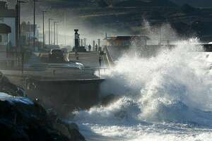 The town of Pacifica, Calif., just south of San Francisco, is ground zero for the issue of coastal erosion. On Jan. 20, 2019, the combination of ocean surge and a king tide caused high waves. Some homes and apartment building were destroyed. (Carolyn Cole/Los Angeles Times/TNS)