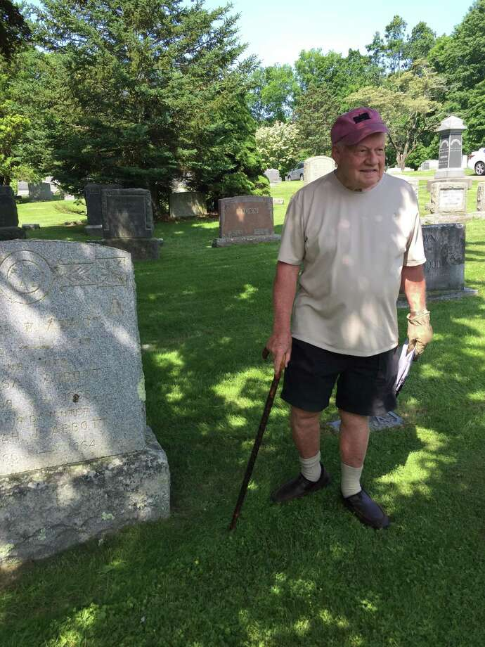 Bob Russell will lead a tour of historic Hillside Cemetery in Wilton on Oct. 5. Photo: Contributed Photo / Wilton Historical Society / Wilton Bulletin Contributed