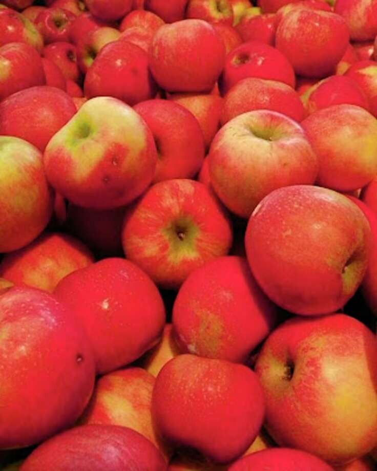 The32nd annual Applefest is set for Saturday at Papa's Pumpkin Patch, 3909 S. Summerton Road in Mount Pleasant. (Photo provided/Zonta Club of Mount Pleasant)
