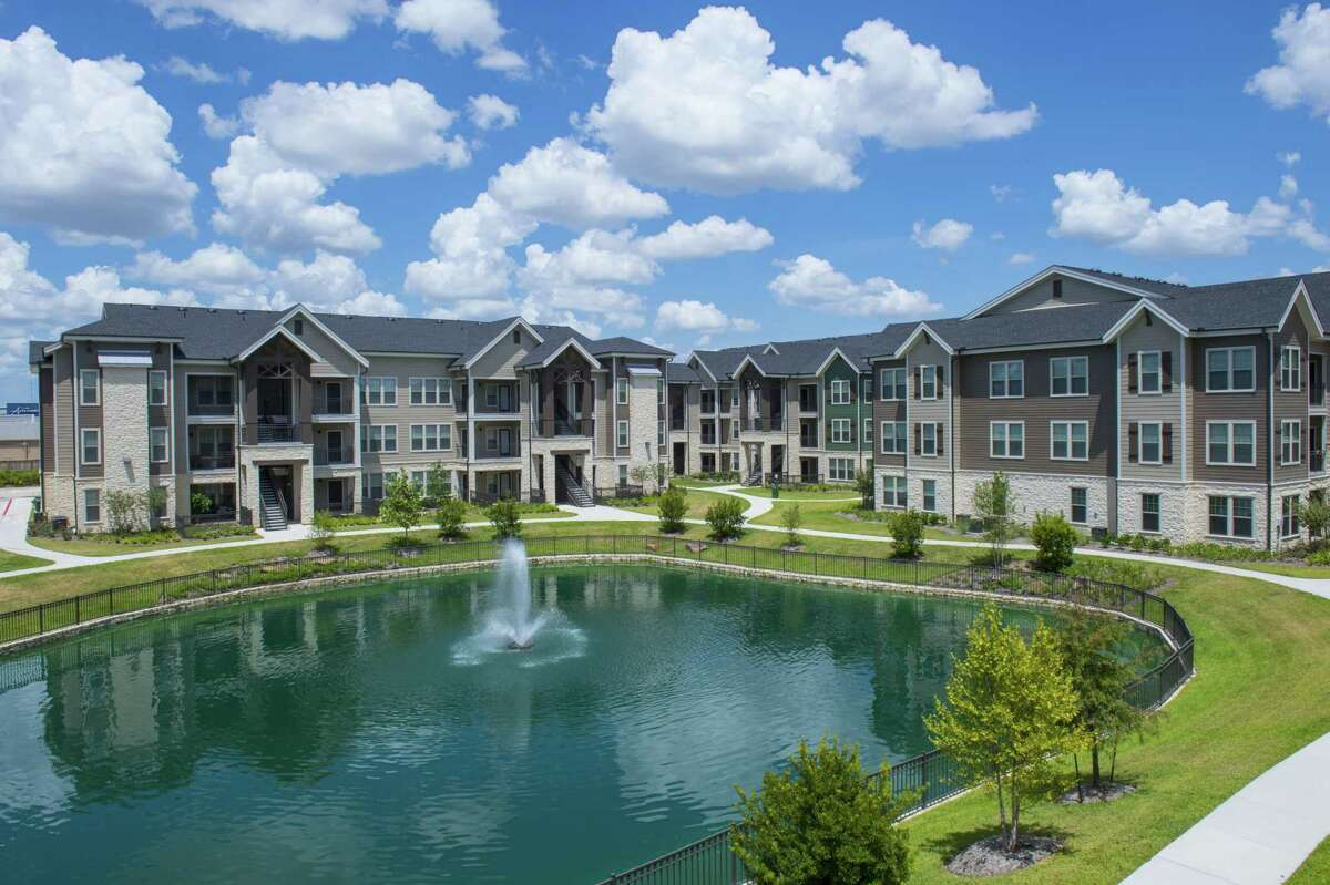 American Landmark Apartmentsacquired the 360-unit Elan 99 West apartments at 23400 Kingsland Blvd. The buyer, based in Tampa, Fla., plans to rename the property Elite 99 West.