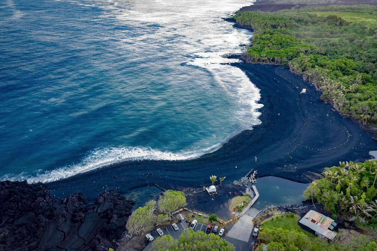 Hawaii's Pohoiki Beach.