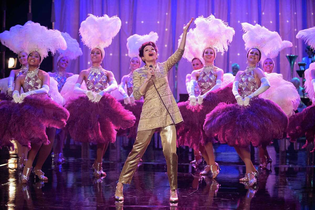 "Renée Zellweger, center, plays Judy Garland in ""Judy."" MUST CREDIT: David Hindley/LD Entertainment/Roadside Attractions"