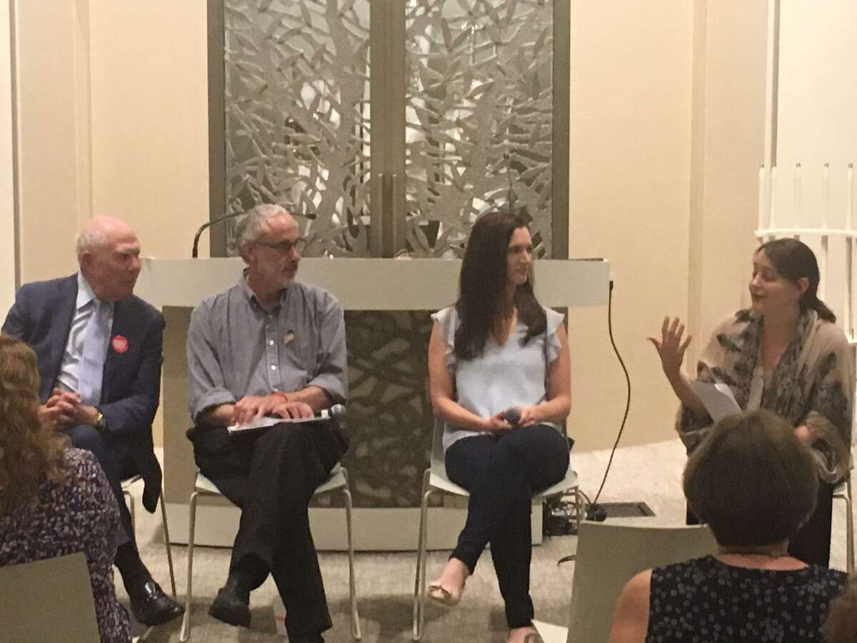 Selectman Sandy Litvack, Jonathan Perloe, Alexis Gevanter and Rabbi Jordie Gerson attend a panel discussion on gun violence at the Greenwich Reform Synagogue.