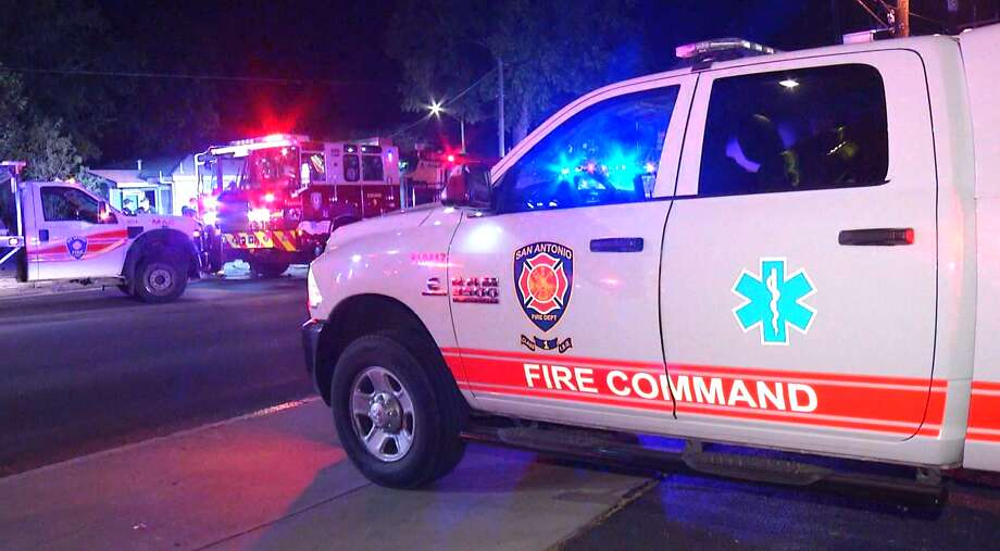 SAFD is investigating a fire late Wednesday night at an East Side home. Photo: Ken Branca