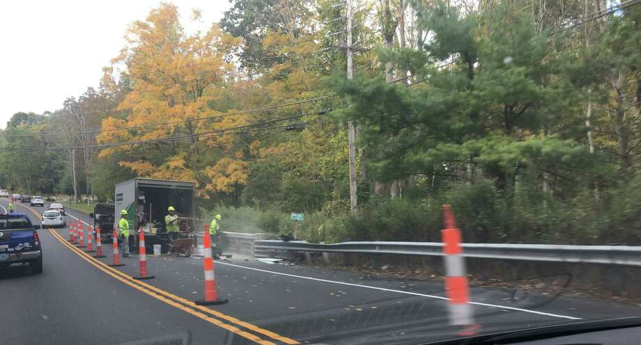 Heading southbound into Ridgefield on Danbury Road, drivers will be experiencing one-way traffic through the end of this week and possibly early next week. Photo: Stephen Coulter / Hearst