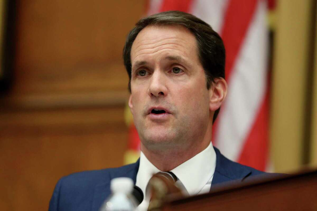 Rep. Jim Himes, D-Conn., questioned the acting intellegence chief Thursday.