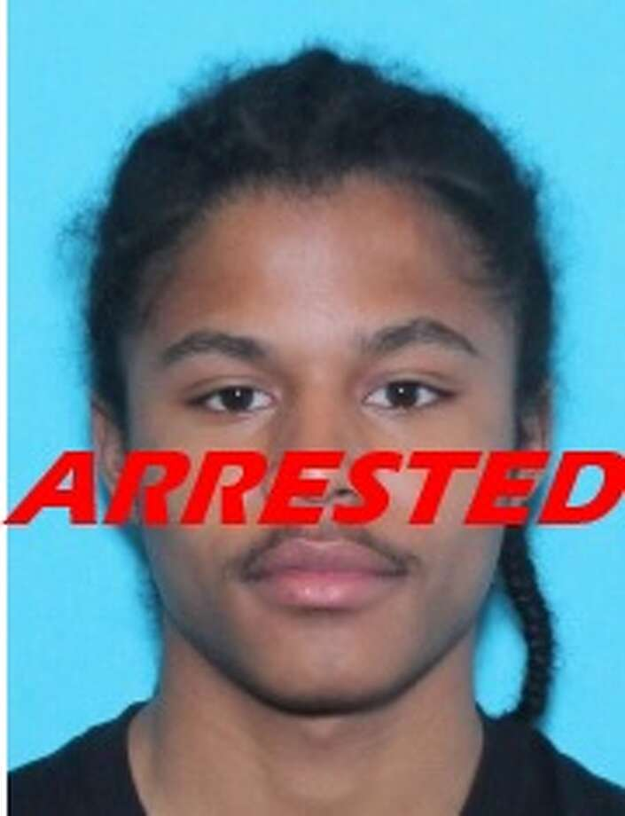 Jatavius Frank Williams, 19, was arrested Wednesday by the U.S. Marshal Service for allegedly fatally shooting Davonnce Gant, 22, at the Woodhill Apartments on Aug. 19. Photo: U.S. Marshals Service Metropolitan Fugitive Task Force