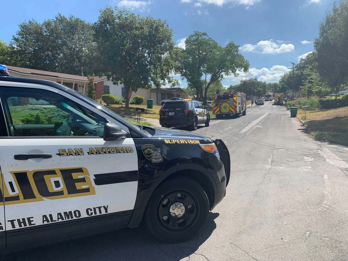 One man is dead and two others are hospitalized after a trio of landscapers accidentally cut through a live electrical wire Thursday morning, San Antonio police said.