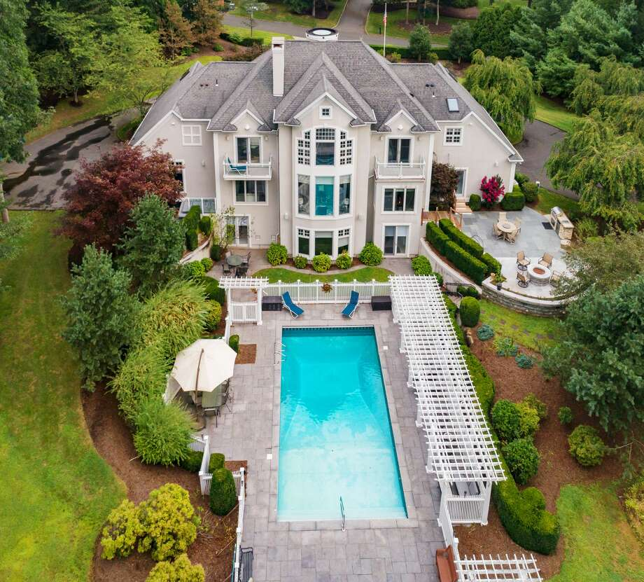 32 Ironwood Rd. Guilford, CT Photo: Page Taft Christie's International Real Estate